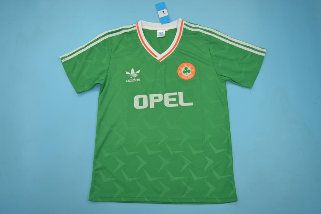 AAA Quality Ireland 1990 World Cup Home Soccer Jersey